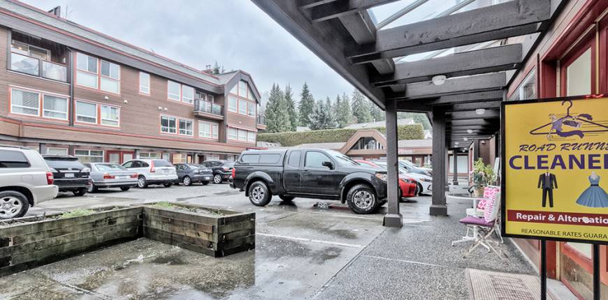 North Vancouver, British Columbia, Canada, Register to View ,For Sale,Delbrook,380600602275836