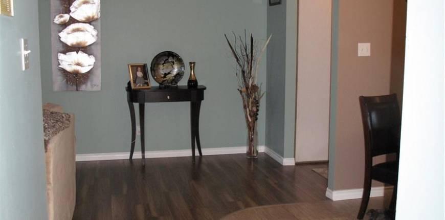 201 802B Kingsmere BLVD, Saskatoon, Saskatchewan, Canada S7J4B7, 2 Bedrooms Bedrooms, Register to View ,1 BathroomBathrooms,Condo,For Sale,SK824377