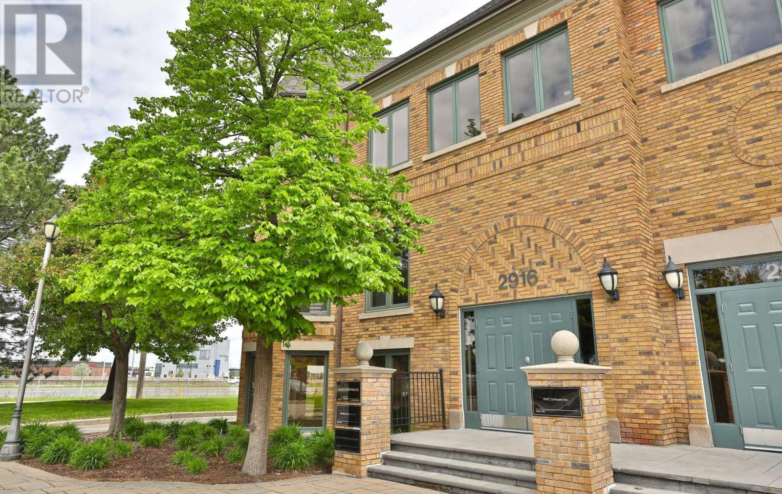 2916 SOUTH SHERIDAN WAY, Oakville, Ontario, Canada L6J7L4, Register to View ,6 BathroomsBathrooms,For Sale,South Sheridan,W4819388