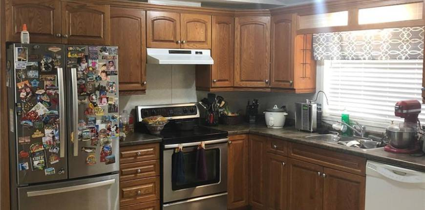 528 Stockton AVE, Carlyle, Saskatchewan, Canada S0C0R0, 3 Bedrooms Bedrooms, Register to View ,2 BathroomsBathrooms,Mobile Home,For Sale,SK828549