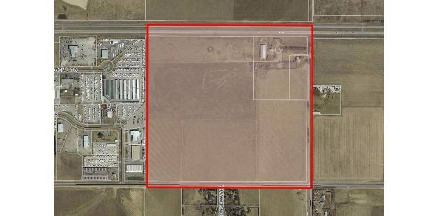 W:5 R:3 T:24 S:34 Q:SE, Rural Rocky View County, Alberta, Canada T3Z2E4, Register to View ,For Sale,W:5 R:3 T:24 S:34 Q:SE,A1039531