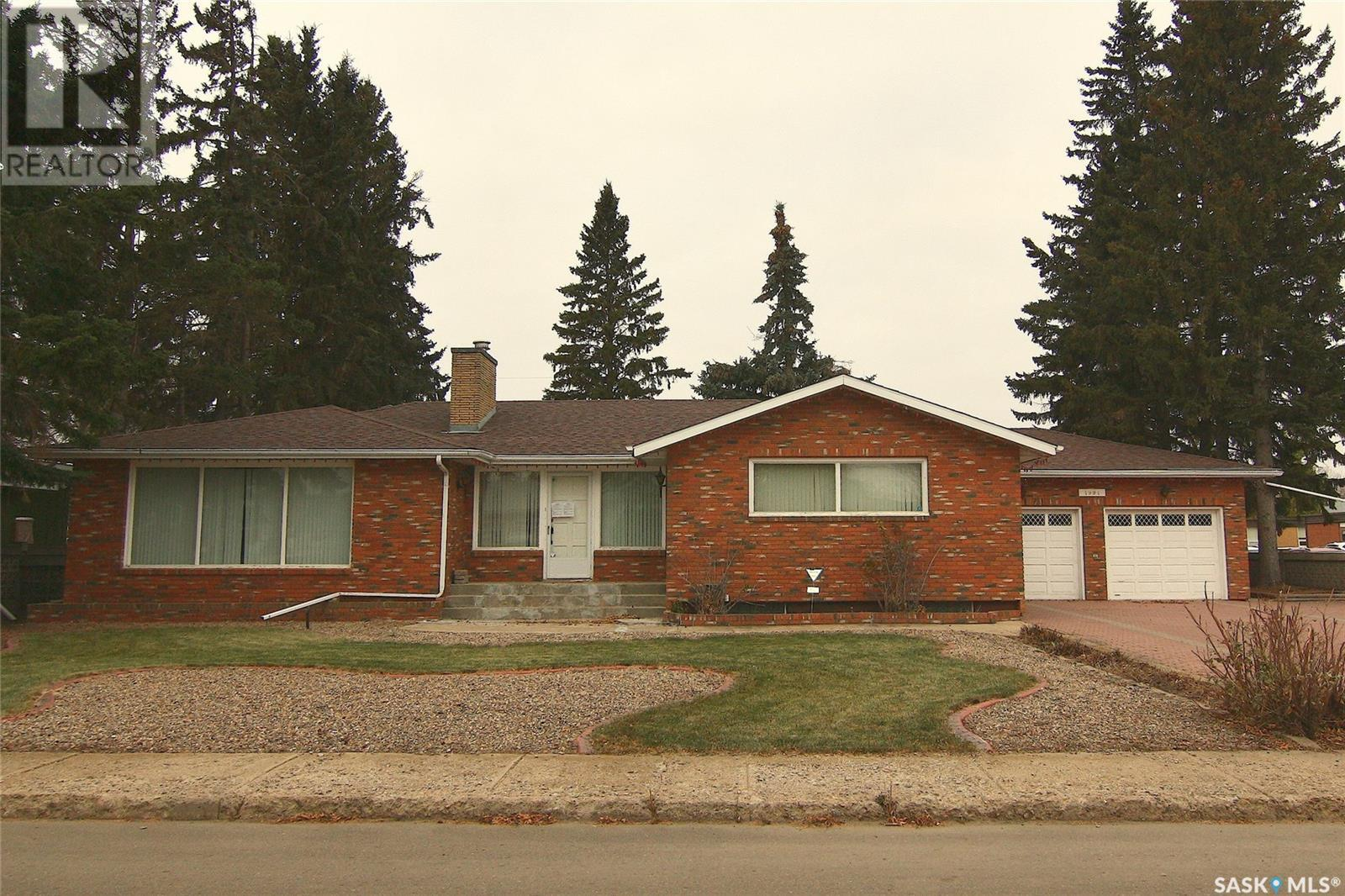 1991 99th ST, North Battleford, Saskatchewan, Canada S9A0S1, 4 Bedrooms Bedrooms, Register to View ,4 BathroomsBathrooms,House,For Sale,SK830857