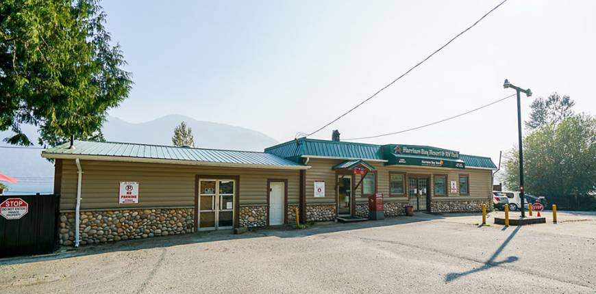 44562 Lougheed Hwy, Agassiz, British Columbia, Canada, Register to View ,For Sale,Lougheed,380600602275863