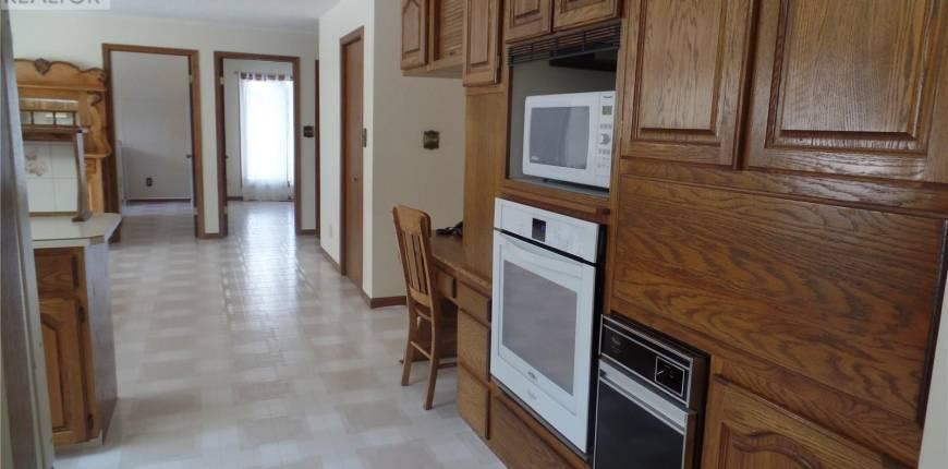 309 Strange ST, Cut Knife, Saskatchewan, Canada S0M0N0, 5 Bedrooms Bedrooms, Register to View ,4 BathroomsBathrooms,House,For Sale,SK834125