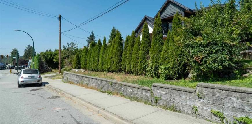 701 ALDERSON AVENUE, Coquitlam, British Columbia, Canada V3K1T7, 2 Bedrooms Bedrooms, Register to View ,2 BathroomsBathrooms,House,For Sale,ALDERSON,R2523510