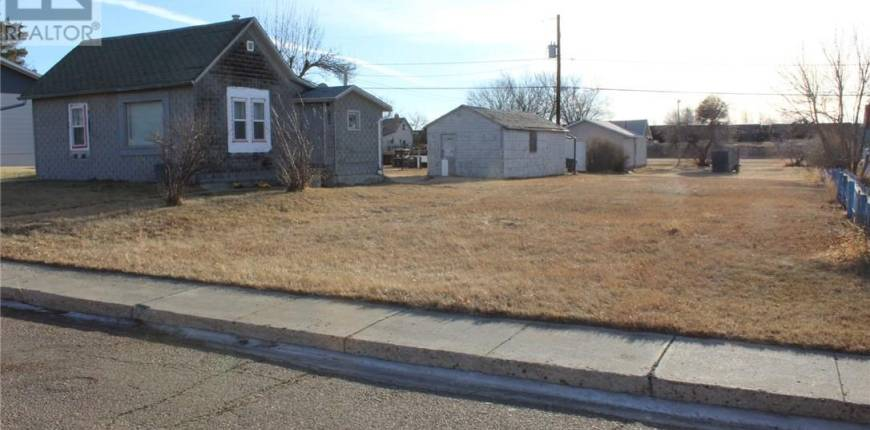 274 2nd AVE E, Shaunavon, Saskatchewan, Canada S0N2M0, Register to View ,For Sale,SK837905