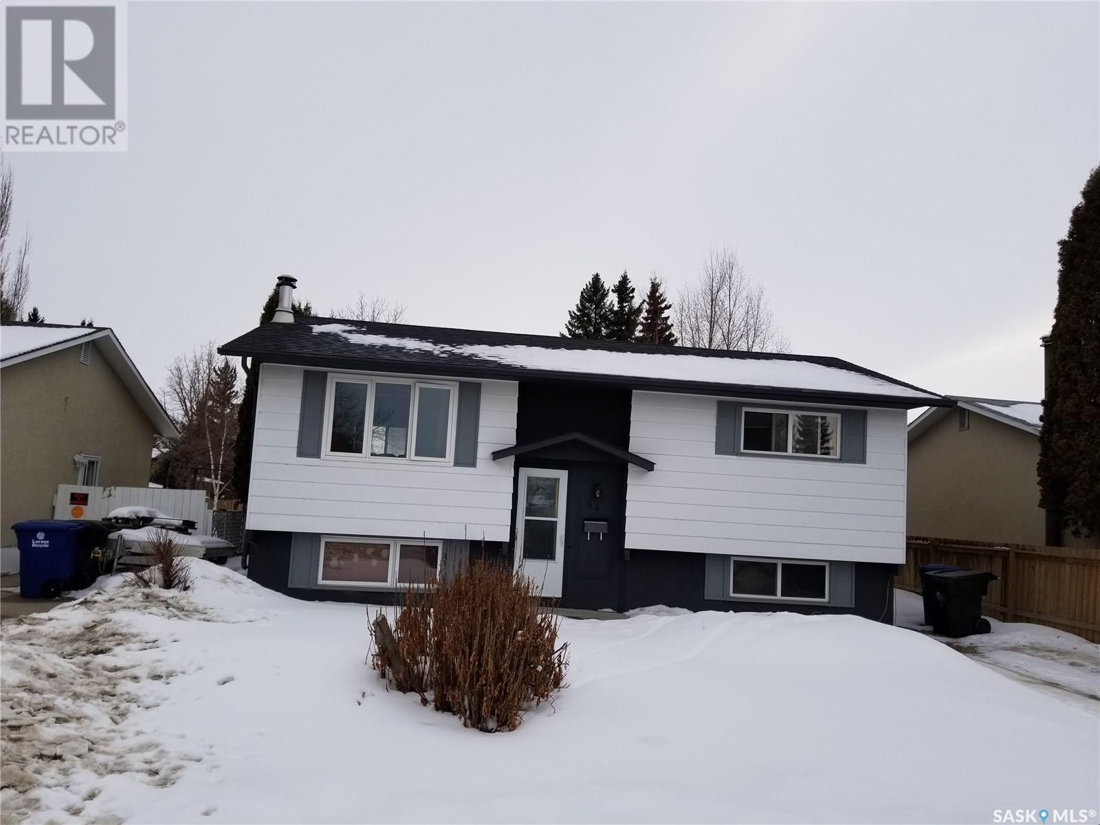 94 Patterson CRES, Saskatoon, Saskatchewan, Canada S7L4Z9, 3 Bedrooms Bedrooms, Register to View ,2 BathroomsBathrooms,House,For Sale,SK838906