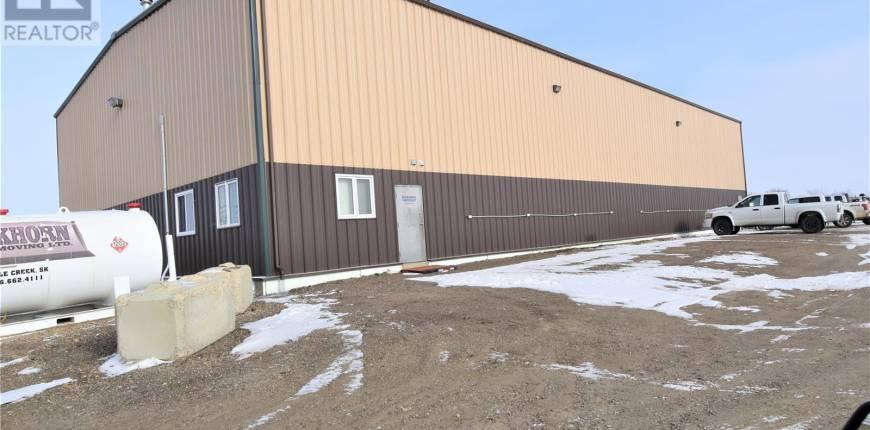 505 Walsh ST N, Maple Creek, Saskatchewan, Canada S0N1N0, Register to View ,For Sale,SK840414