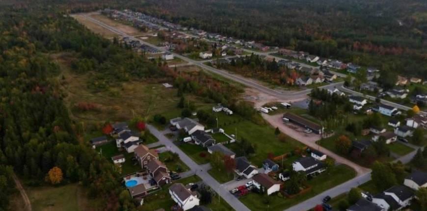 35 Pike Street, Pasadena, Newfoundland & Labrador, Canada A0L1K0, Register to View ,For Sale,Pike,1225894