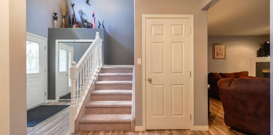 5013 51 AV, Redwater, Alberta, Canada T0A2W0, 4 Bedrooms Bedrooms, Register to View ,4 BathroomsBathrooms,House,For Sale,E4229971