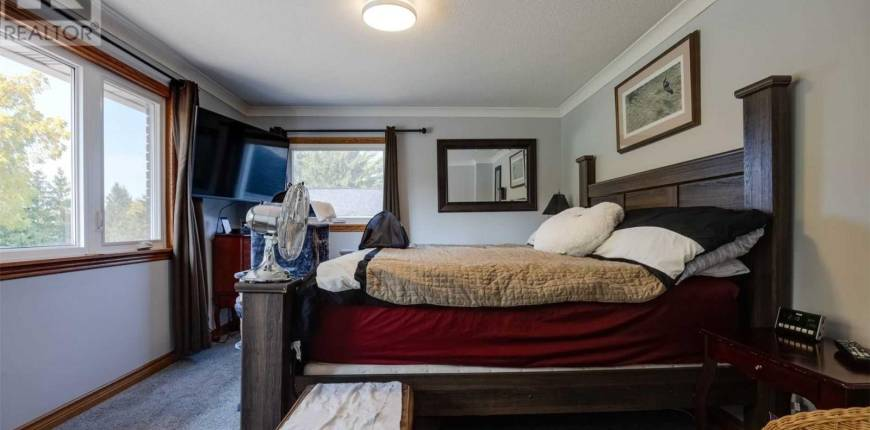 3999 LOCUST LANE, Lincoln, Ontario, Canada L0R1B2, Register to View ,4 BathroomsBathrooms,For Sale,Locust,X5058092
