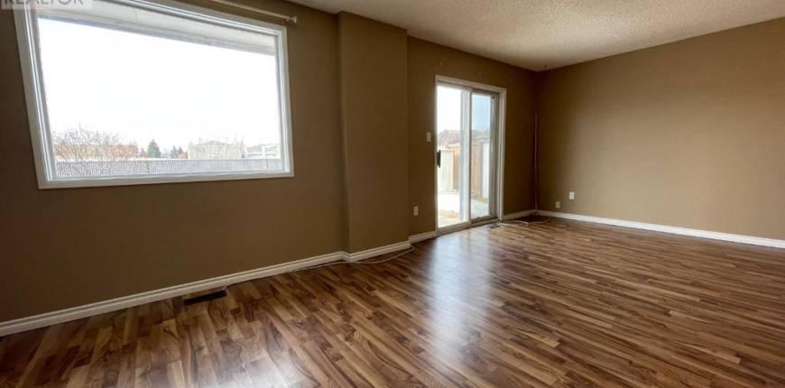 12, 3018 56 Avenue, Lloydminster, Alberta, Canada T9V1Z7, 3 Bedrooms Bedrooms, Register to View ,2 BathroomsBathrooms,For Sale,56,A1077631