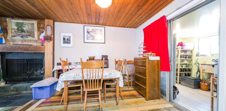 5427 49 ST, Rural Lac Ste. Anne County, Alberta, Canada T0E0A0, 4 Bedrooms Bedrooms, Register to View ,2 BathroomsBathrooms,House,For Sale,E4231724