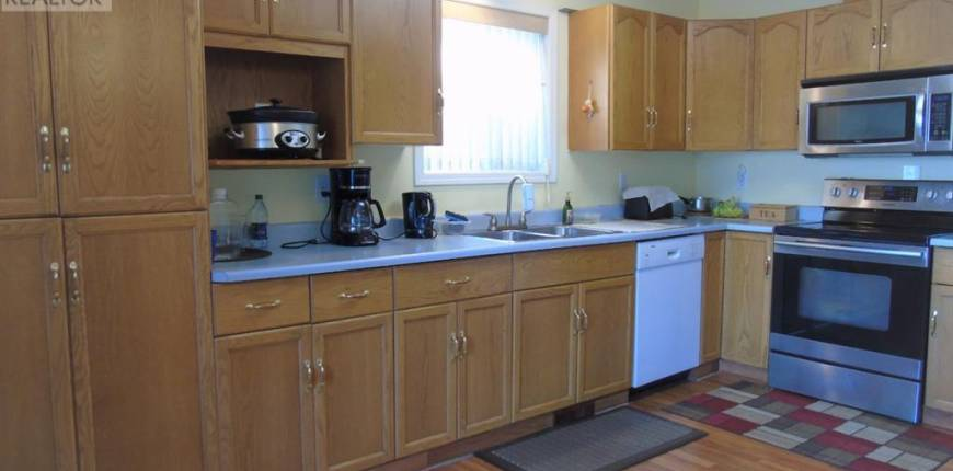701 8 Street SW, Slave Lake, Alberta, Canada T0G2A4, 5 Bedrooms Bedrooms, Register to View ,3 BathroomsBathrooms,House,For Sale,8,A1078405