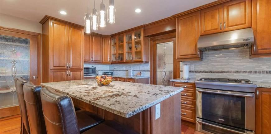14710 47 AV NW, Edmonton, Alberta, Canada T6H5L4, 5 Bedrooms Bedrooms, Register to View ,4 BathroomsBathrooms,House,For Sale,E4232774