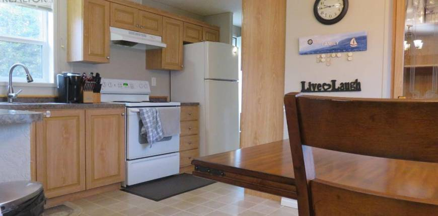 122 10 Street, Canyon Creek, Alberta, Canada T0G0M0, 3 Bedrooms Bedrooms, Register to View ,2 BathroomsBathrooms,Mobile Home,For Sale,10,A1081561