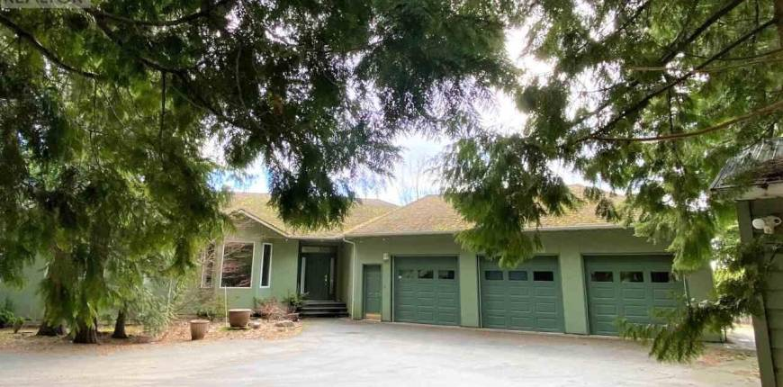 4923 COOPER DRIVE, Terrace, British Columbia, Canada V8G5H1, 3 Bedrooms Bedrooms, Register to View ,4 BathroomsBathrooms,House,For Sale,COOPER,R2554456