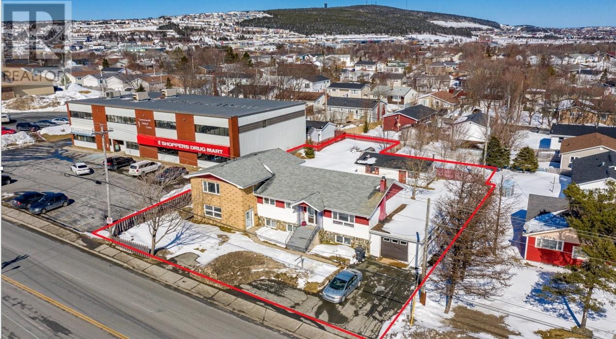 81 Commonwealth Avenue, Mount Pearl, Newfoundland & Labrador, Canada A1N1W7, 9 Bedrooms Bedrooms, Register to View ,4 BathroomsBathrooms,Duplex,For Sale,Commonwealth,1227004