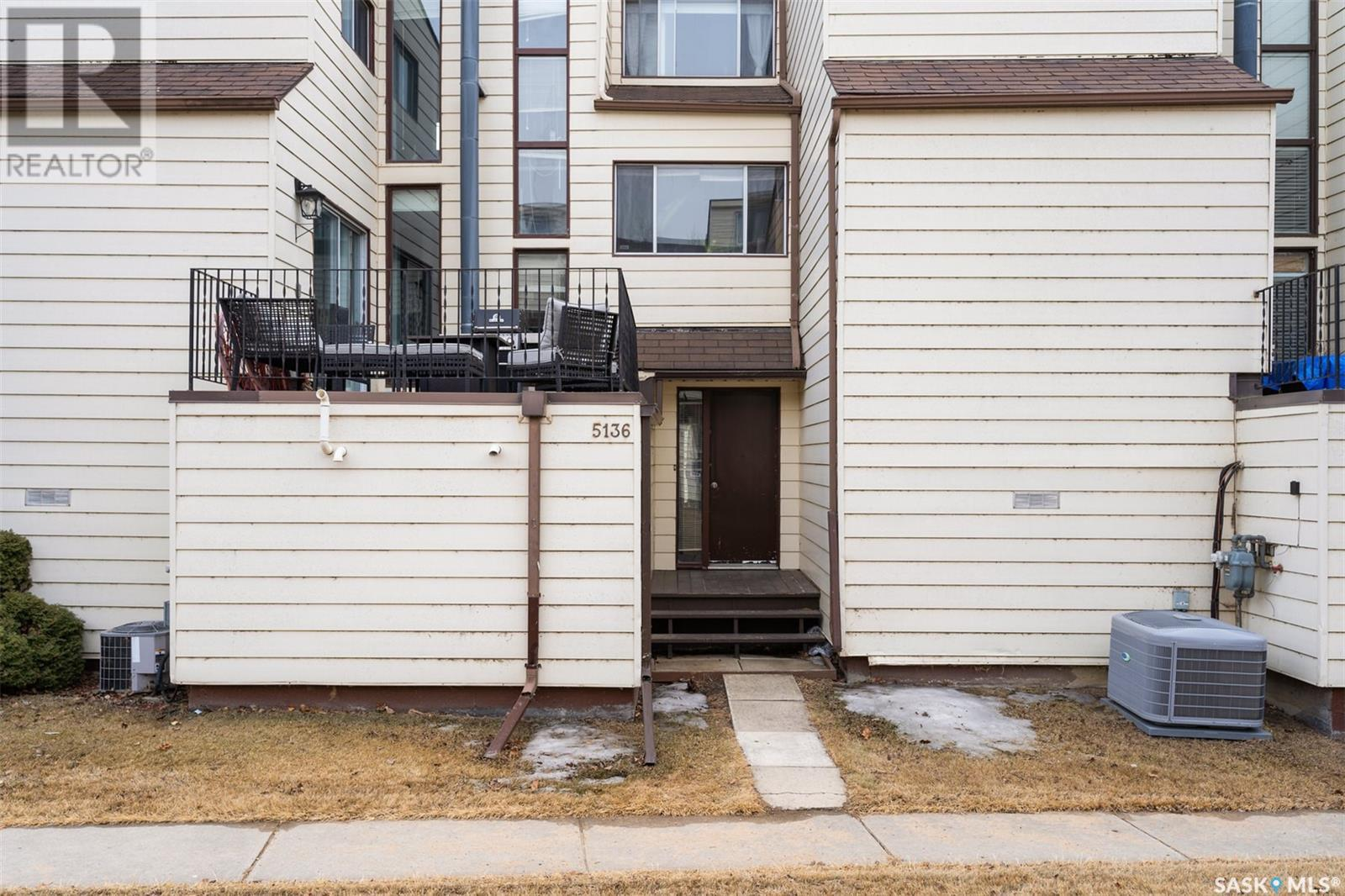 5136 10th AVE, Regina, Saskatchewan, Canada S4T7P5, 3 Bedrooms Bedrooms, Register to View ,2 BathroomsBathrooms,Townhouse,For Sale,SK847009