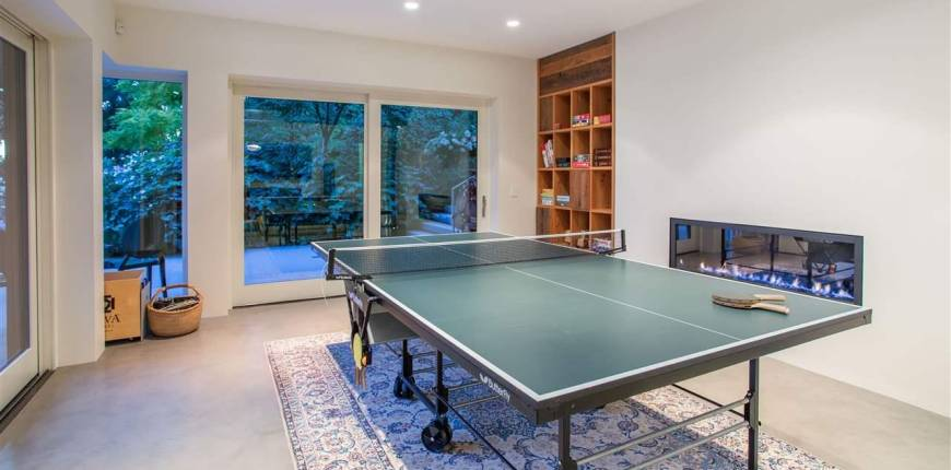 3033-3055 MARINE DRIVE, West Vancouver, British Columbia, Canada V7V1M4, 4 Bedrooms Bedrooms, Register to View ,5 BathroomsBathrooms,House,For Sale,MARINE,R2557048
