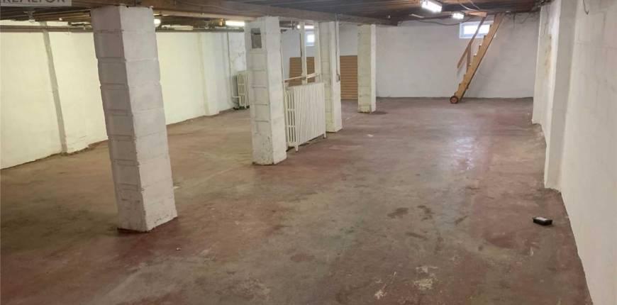 3391 LAKE SHORE BLVD W, Toronto, Ontario, Canada M8W1N2, Register to View ,2 BathroomsBathrooms,For Rent,Lake Shore,W5171258