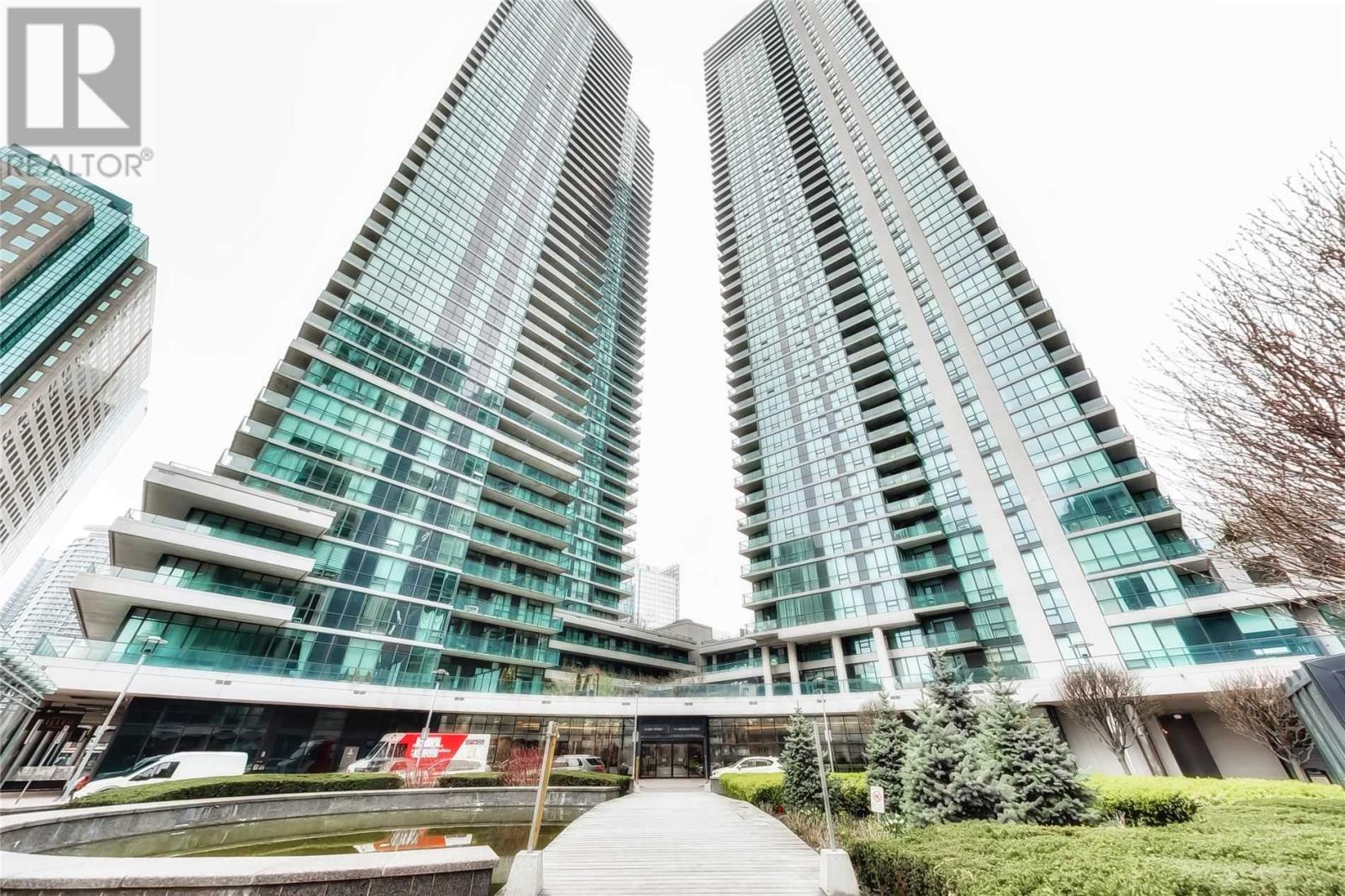 #310 -33 BAY ST, Toronto, Ontario, Canada M5J2Z3, Register to View ,1 BathroomBathrooms,Condo,For Sale,Bay,C5201847