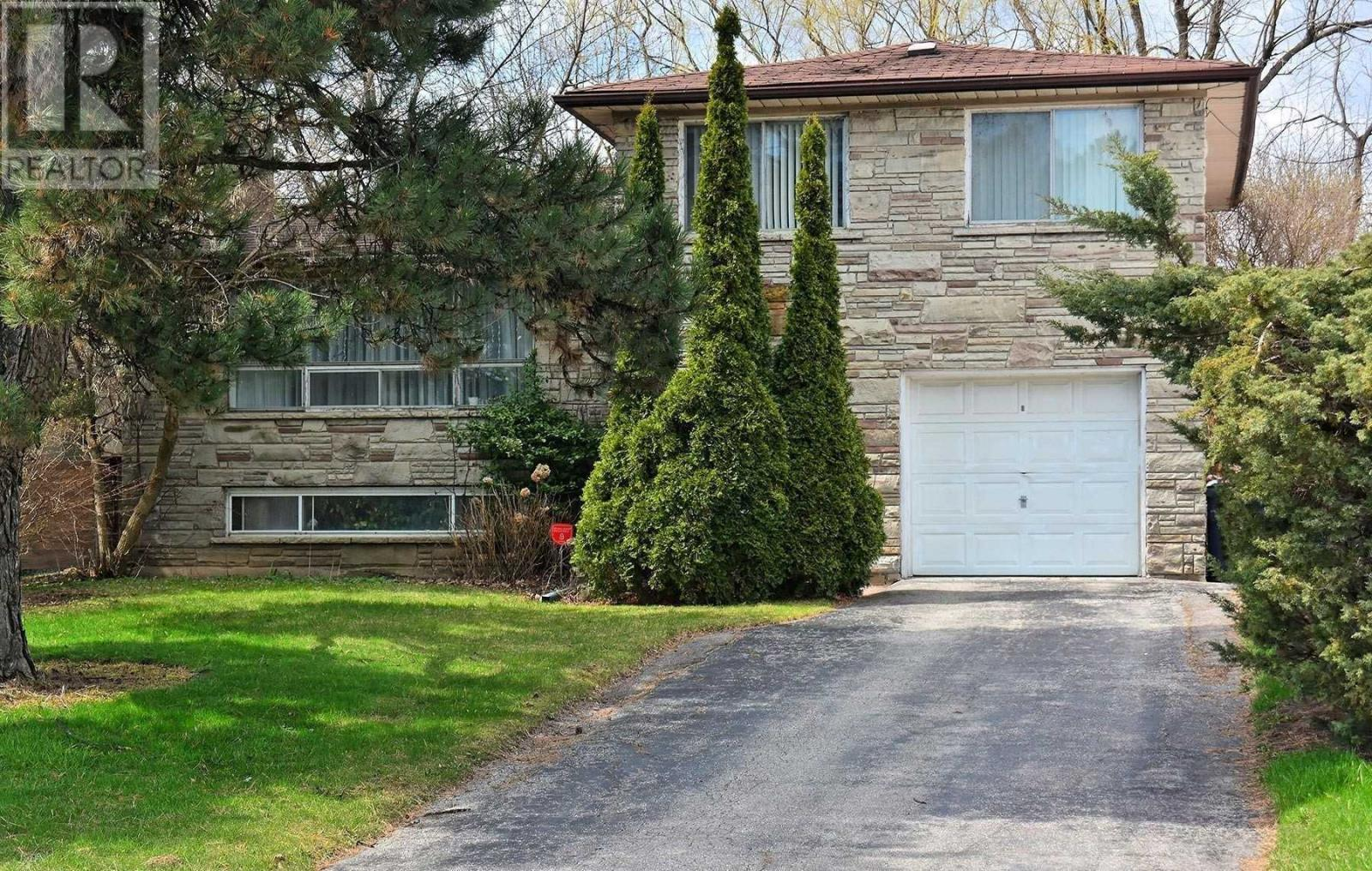 16 KNOLLVIEW CRES, Toronto, Ontario, Canada M2K2E1, 4 Bedrooms Bedrooms, Register to View ,2 BathroomsBathrooms,House,For Sale,Knollview,C5203893