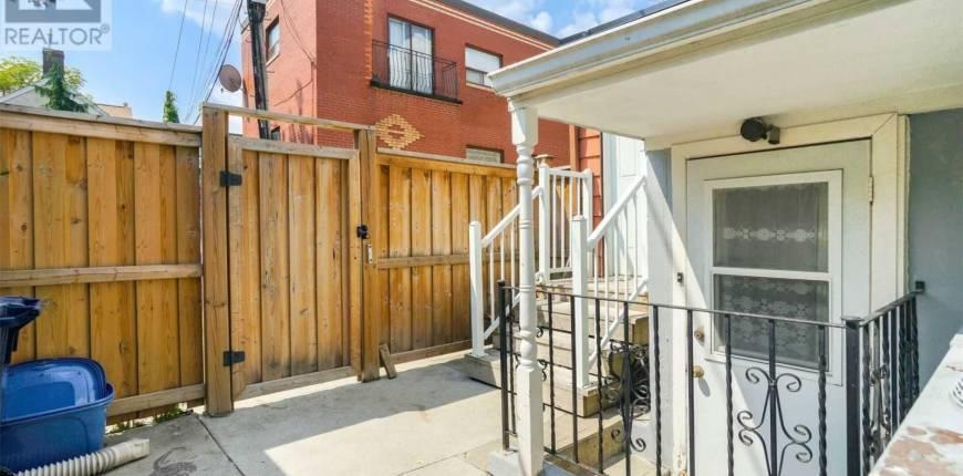 #LOWU -7 VANKOUGHNET ST, Toronto, Ontario, Canada M5S2P2, 1 Bedroom Bedrooms, Register to View ,1 BathroomBathrooms,House,For Rent,Vankoughnet,C5207989
