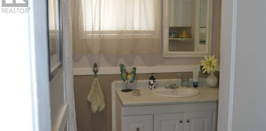 5208 52 Avenue, Lacombe, Alberta, Canada T4L1H9, 3 Bedrooms Bedrooms, Register to View ,2 BathroomsBathrooms,House,For Sale,52,A1102011