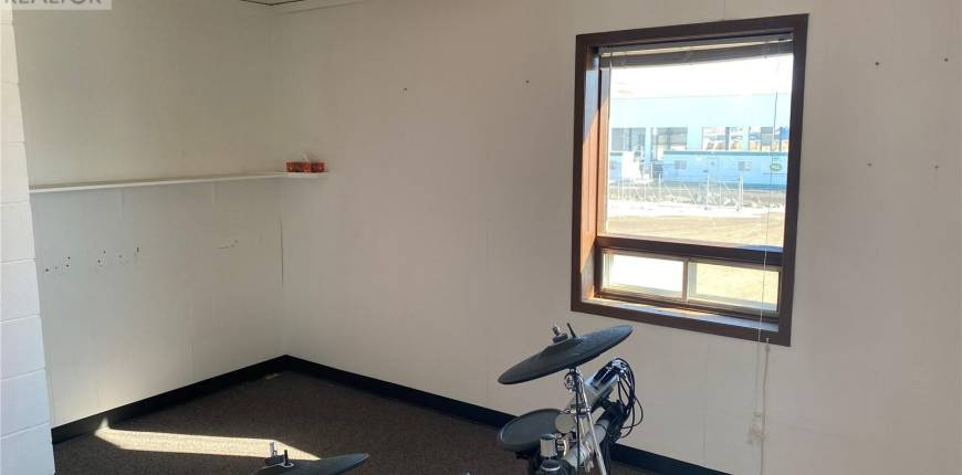 450 4th AVE N, Yorkton, Saskatchewan, Canada S3N0P6, Register to View ,For Lease,SK852587