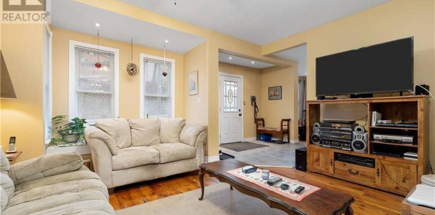 1 EAST MARY Street, Prince Edward County, Ontario, Canada K0K2T0, 4 Bedrooms Bedrooms, Register to View ,2 BathroomsBathrooms,House,For Sale,EAST MARY,40110232