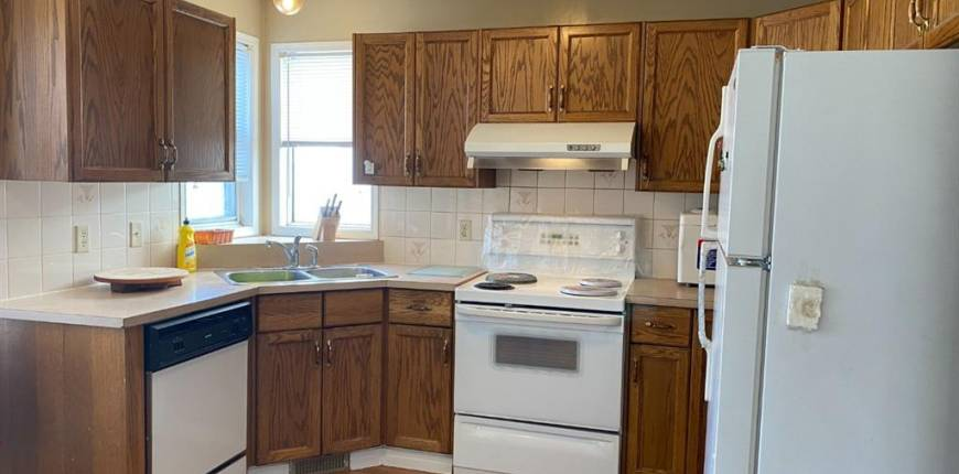 2705 46 Street SE, Calgary, Alberta, Canada T2B2N7, 3 Bedrooms Bedrooms, Register to View ,3 BathroomsBathrooms,Duplex,For Sale,46,A1106612