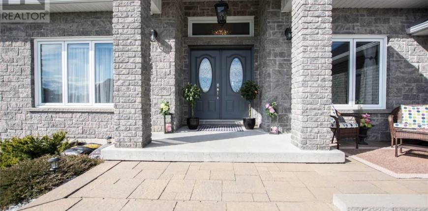 27 PLOWRIGHT RD, Springwater, Ontario, Canada L9X0A3, 4 Bedrooms Bedrooms, Register to View ,4 BathroomsBathrooms,House,For Sale,Plowright,S5243960