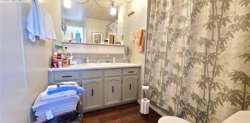 201 Bradley ST, Ogema, Saskatchewan, Canada S0C1Y0, 3 Bedrooms Bedrooms, Register to View ,1 BathroomBathrooms,Mobile Home,For Sale,SK856024