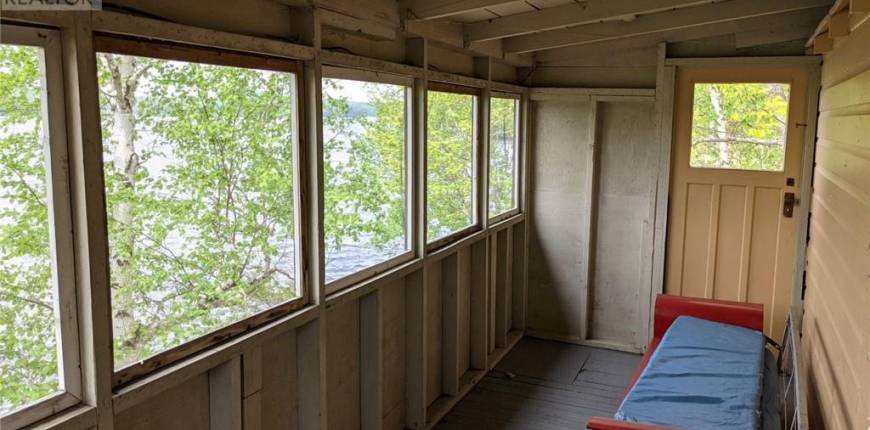 422 LAKEVIEW Road E, Burk's Falls, Ontario, Canada P0A1C0, 2 Bedrooms Bedrooms, Register to View ,1 BathroomBathrooms,House,For Sale,LAKEVIEW,40121336