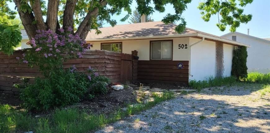 502 V AVE S, Saskatoon, Saskatchewan, Canada S7M3E9, 3 Bedrooms Bedrooms, Register to View ,1 BathroomBathrooms,House,For Sale,SK858772