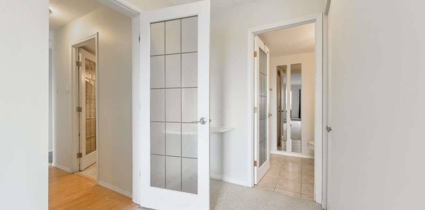 #1005 9725 106 ST NW, Edmonton, Alberta, Canada T5K1B5, 1 Bedroom Bedrooms, Register to View ,2 BathroomsBathrooms,Condo,For Sale,E4248304