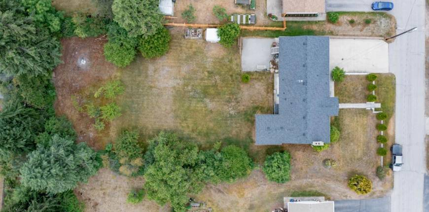 2540 6TH AVENUE, Castlegar, British Columbia, Canada V1N2W2, 5 Bedrooms Bedrooms, Register to View ,3 BathroomsBathrooms,House,For Sale,6TH AVENUE,2459240