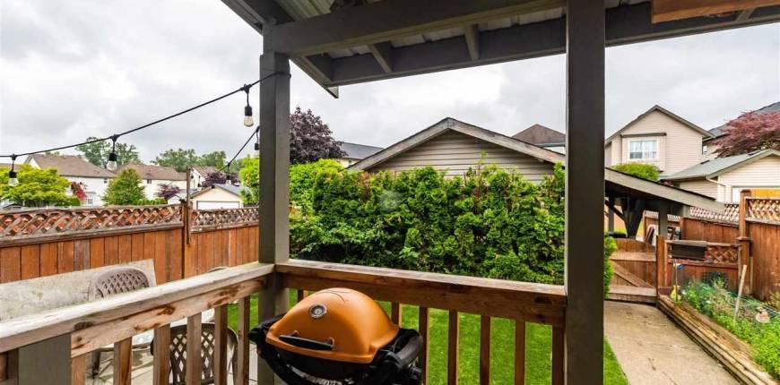 6754 184 STREET, SURREY, British Columbia, Canada V3S9B9, 3 Bedrooms Bedrooms, Register to View ,4 BathroomsBathrooms,Duplex,For Sale,184,R2592144