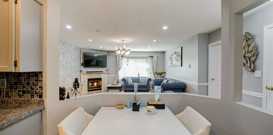 16 22128 DEWDNEY TRUNK ROAD, Maple Ridge, British Columbia, Canada V2X3H6, 2 Bedrooms Bedrooms, Register to View ,2 BathroomsBathrooms,Townhouse,For Sale,DEWDNEY TRUNK,R2592801