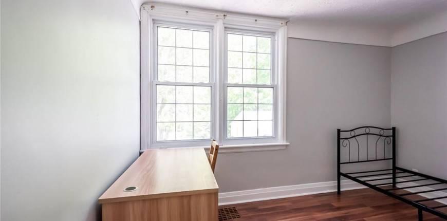 58 Sanders Boulevard, Hamilton, Ontario, Canada L8S3J6, 9 Bedrooms Bedrooms, Register to View ,4 BathroomsBathrooms,House,For Sale,H4109918