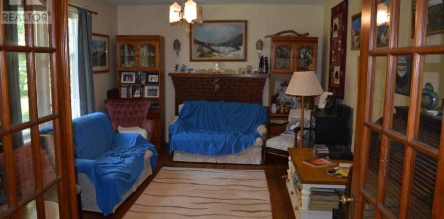 379 Maple Avenue, Summerside, Prince Edward Island, Canada C1N2H5, 5 Bedrooms Bedrooms, Register to View ,3 BathroomsBathrooms,House,For Sale,202115746