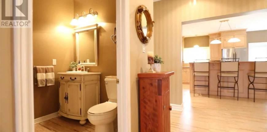 225 LAKE DR N, Georgina, Ontario, Canada L4P3C8, 4 Bedrooms Bedrooms, Register to View ,4 BathroomsBathrooms,House,For Sale,Lake,N5283901