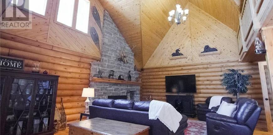 383314 DAWSON Road, Kemble, Ontario, Canada N0H1S0, 6 Bedrooms Bedrooms, Register to View ,3 BathroomsBathrooms,House,For Sale,DAWSON,40132555