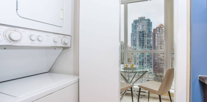 Vancouver, British Columbia, Canada V6B 1K3, 1 Bedroom Bedrooms, 1 Room Rooms,1 BathroomBathrooms,For Sale,The Brava,Seymour Street,1117