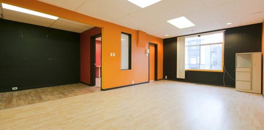 North Vancouver, British Columbia, Canada V7L 1B1, Register to View ,For Lease,1st Street,1514