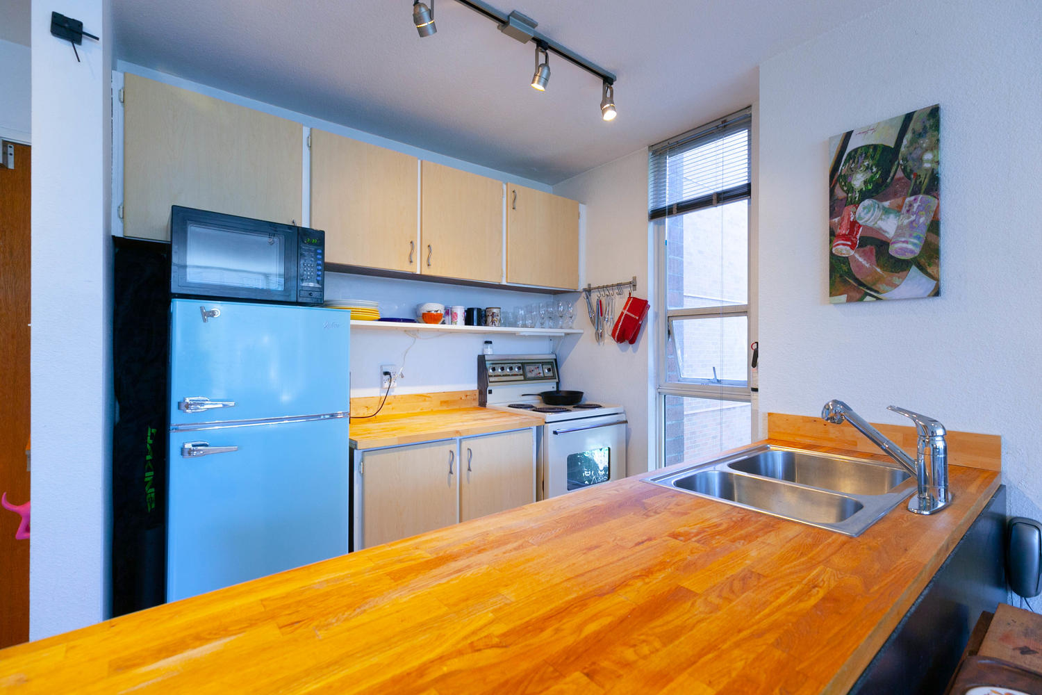 401 - 1333 Hornby Street, Vancouver, British Columbia, Canada V6Z 2C1, 1 Bedroom Bedrooms, 4 Rooms Rooms,1 BathroomBathrooms,Condo,For Sale,Hornby,4,380600602009423