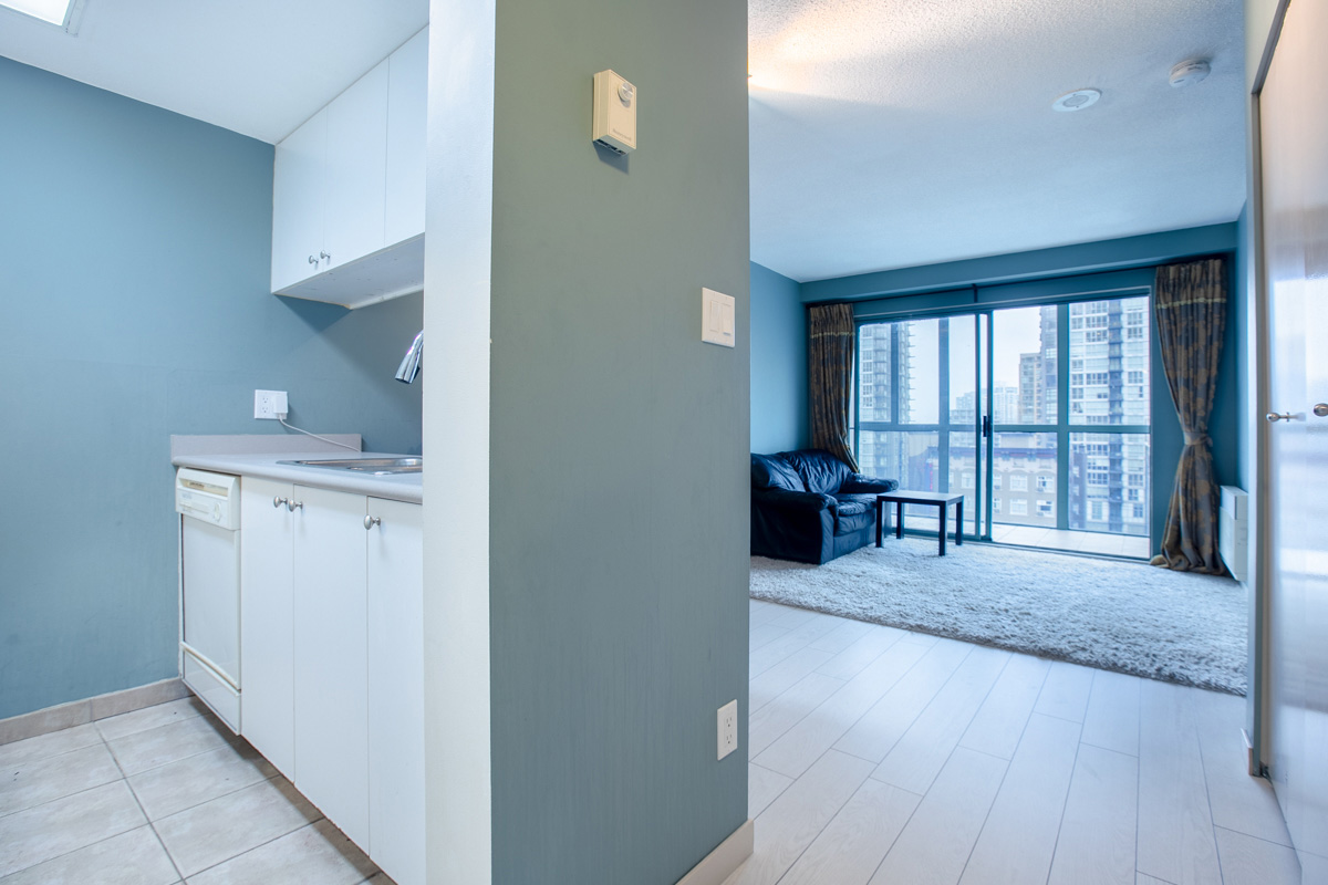 1188 Howe Street, Vancouver, British Columbia, 1 Bedroom Bedrooms, ,1 BathroomBathrooms,Residential attached,For Sale,Howe,380600602009458