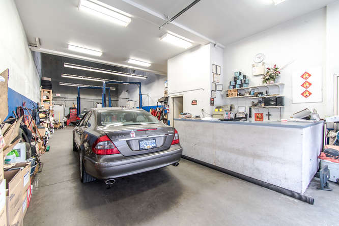 8231 Cambie Road, Richmond, British Columbia, \Register to View\ ,Industrial,For Sale,Cambie,380600602009461