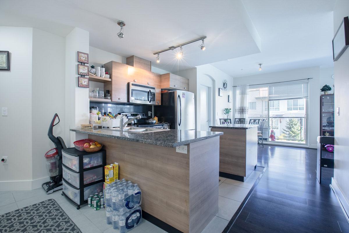 6688 120 Street, 3 Bedrooms Bedrooms, ,2 BathroomsBathrooms,Residential attached,For Sale,Zen,120,380600602009463